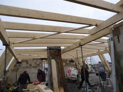 Die Sparren des neuen Daches